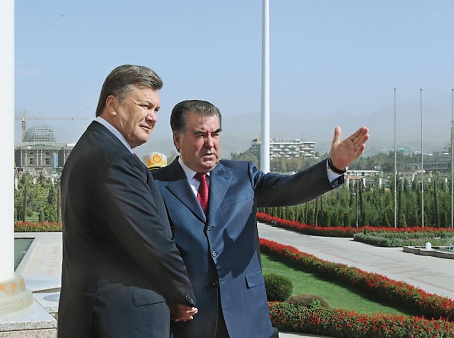 Віктору януковичу наші країни