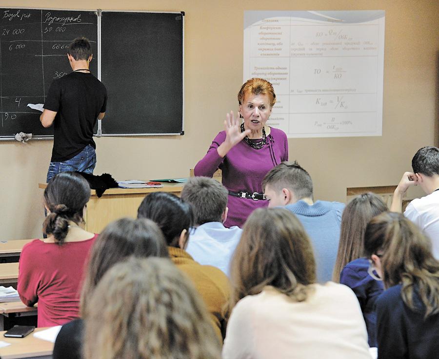 Завдяки прозорому вступу абітурієнти можуть стати студентами найпрестижніших вишів. Фото Володимира ЗAЇКИ