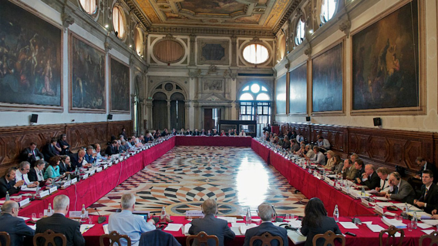 МОН може використовувати модель навчання Латвії при імплементації рішень Венеціанської комісії