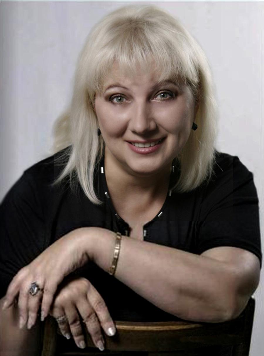 Драматург Тетяна Іващенко