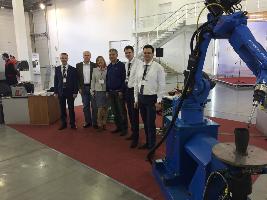 Робот «Тріади» був окрасою міжнародної виставки «Машинобудування. Металургія-2017» в Запоріжжі. Фото надане автором