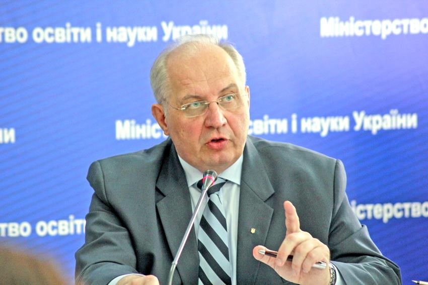 Заступник міністра освіти і науки Павло Хобзей. Фото з сайту mon.gov.ua