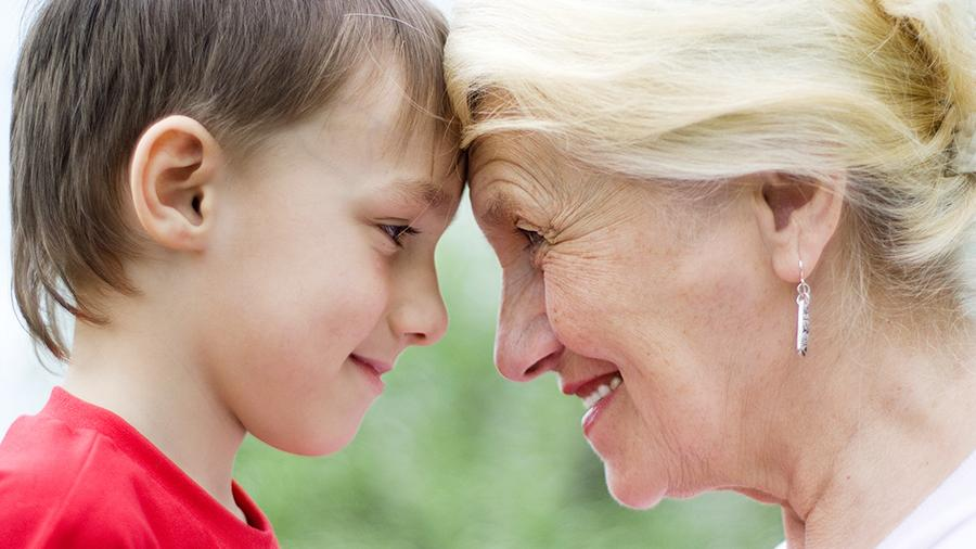 Бабушка с внуком картинки