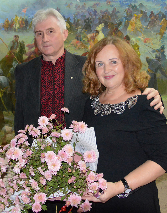 Леся Романчук з чоловіком Тарасом Коковським після виступу в музеї «Зборівська битва» на Тернопіллі